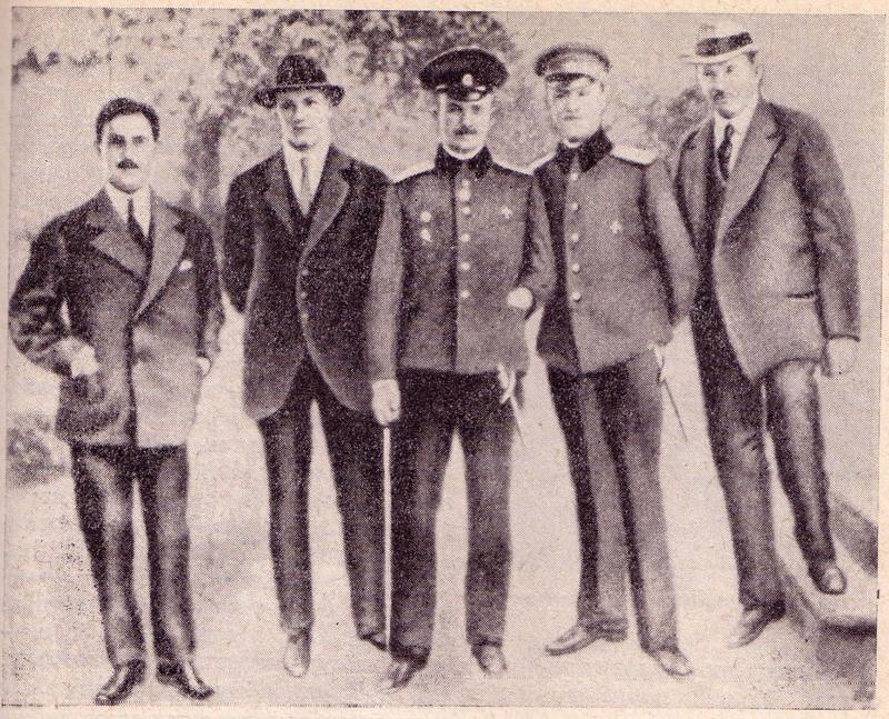 Петр Нестеров среди членов Киевского общества воздухоплавания. 1910-е