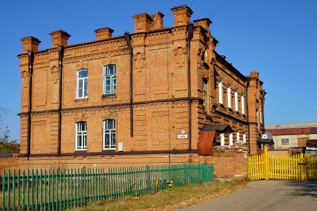 Здание завода в Змеиногорске