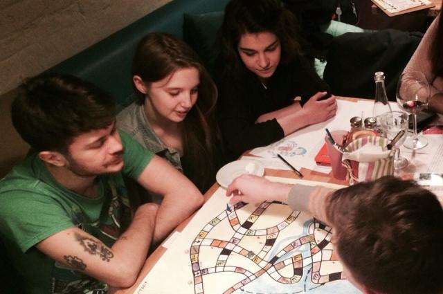 Команда разрабатывает настольную игру по петербургским