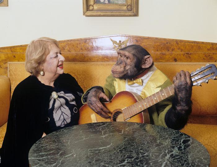 Наталья Дурова и шимпанзе Яша