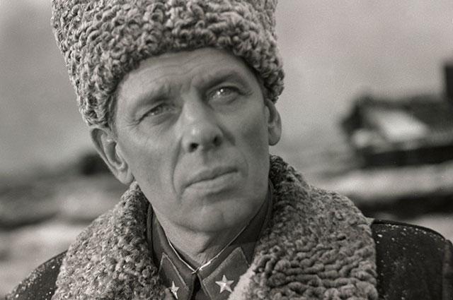 Кадр из фильма «Горячий снег», 1972 г.