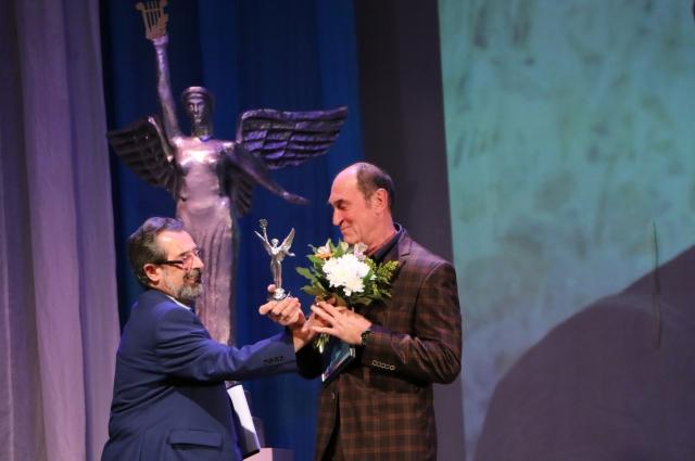 Главный балетмейстер ТЮЗа Тзапташвили стал «Легендой сцены».