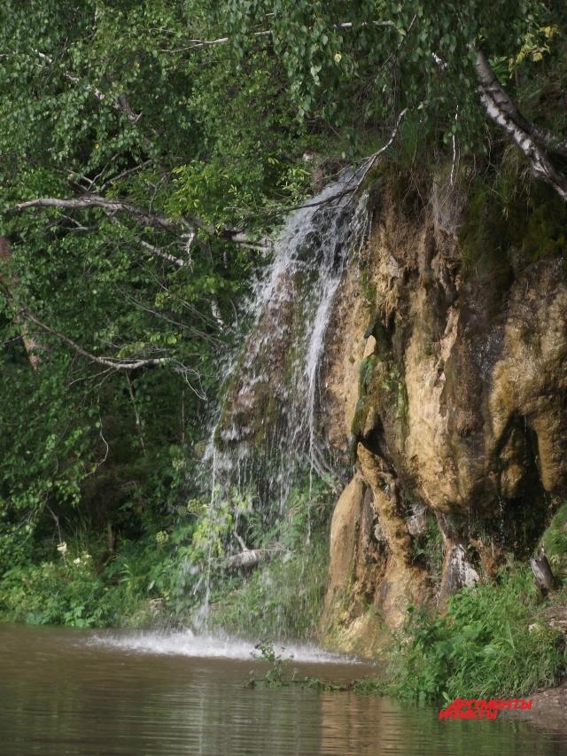 Плакун - второй по величине в крае водопад, после Жигалана на горном плато Кваркуш.