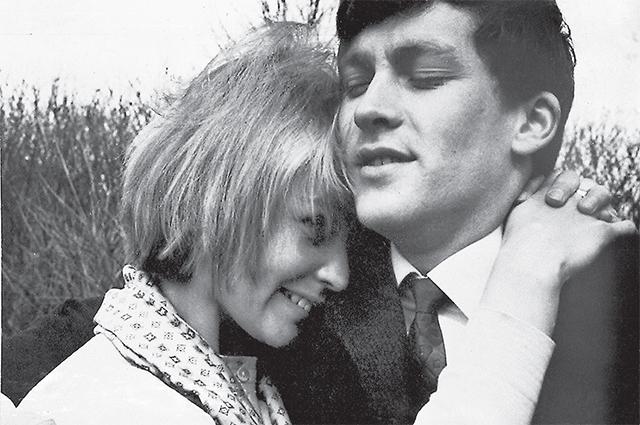 Мы с мужем всегда прощали друг друга . С супругом актёром Владимиром Ивашовым. Начало 1960-х гг