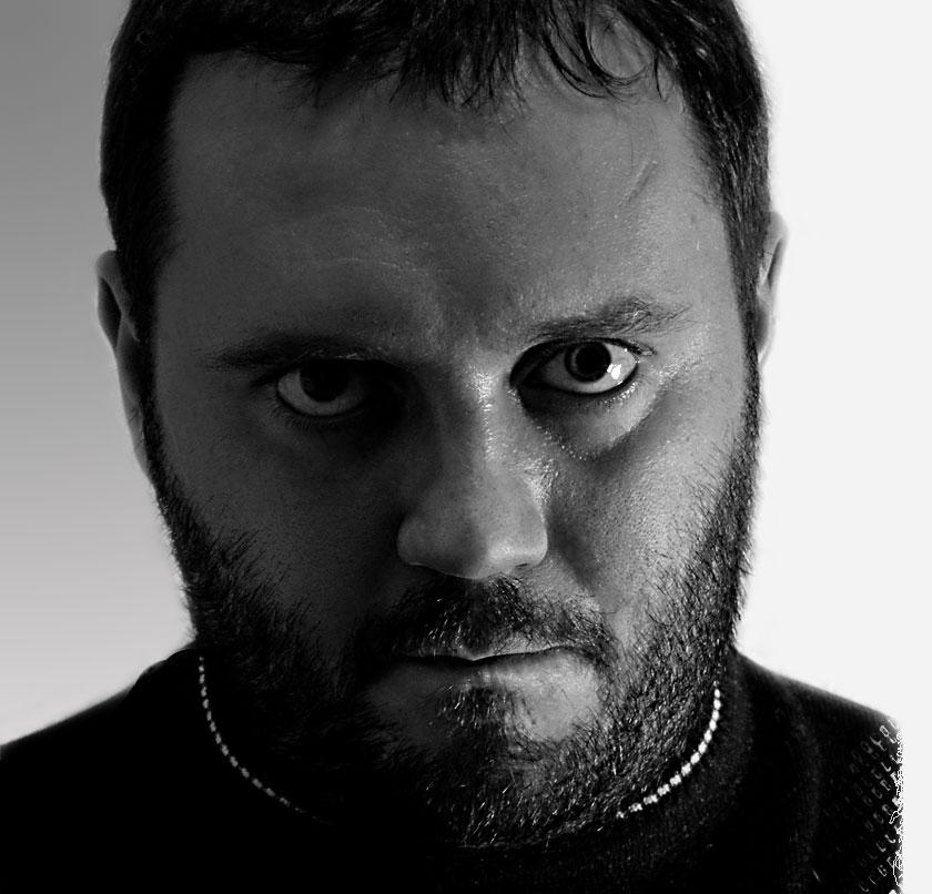 писатель-фантаст Владимир Данихнов