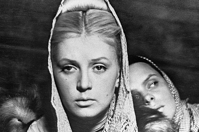 Валентина Титова в фильме «Метель», 1964 год.