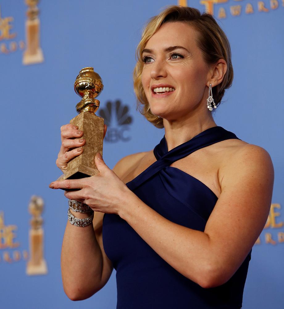 Кейт Уинслет с Золотым Глобусом.