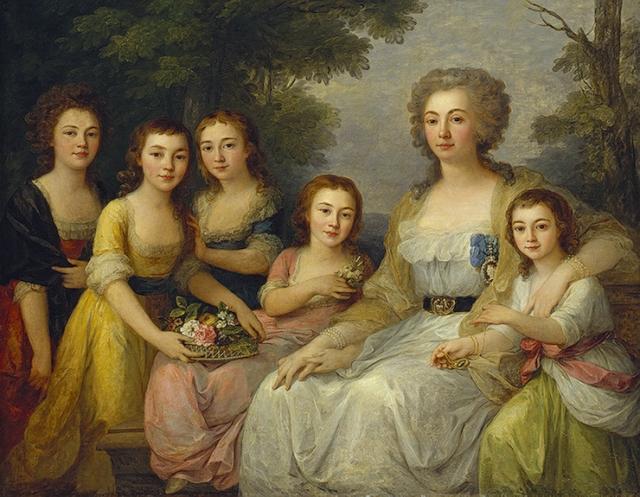Анна Протасова вместе со своими племянницами.