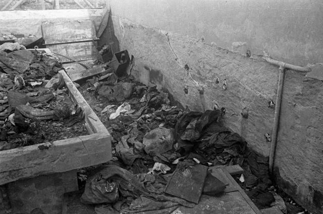 Газовые камеры концлагеря, где уничтожали заключенных.