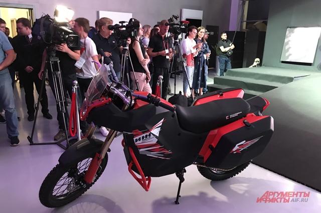 Мотоцикл UM-1.