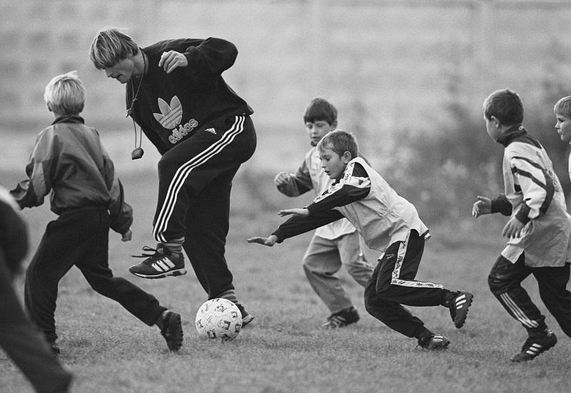 Детская спортивная школа «Торпедо». Тренер— Юрий Тишков.