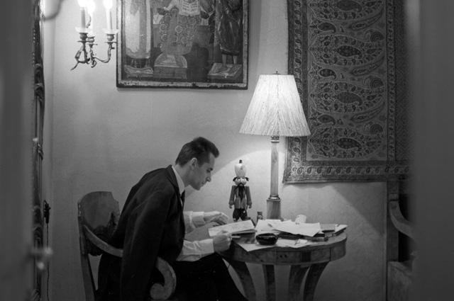 Главный балетмейстер Государственного академического Большого театра СССР Юрий Николаевич Григорович. 1969 год