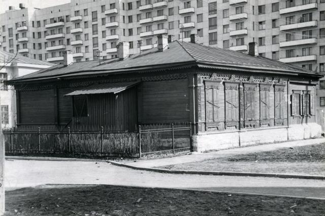 Торговый дом Братьев Степановых можно найти и на старых фотографиях.