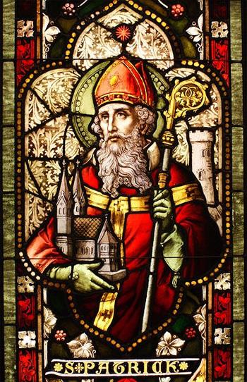 Святой Патрик. Витраж в оклендском соборе Светлого Христа