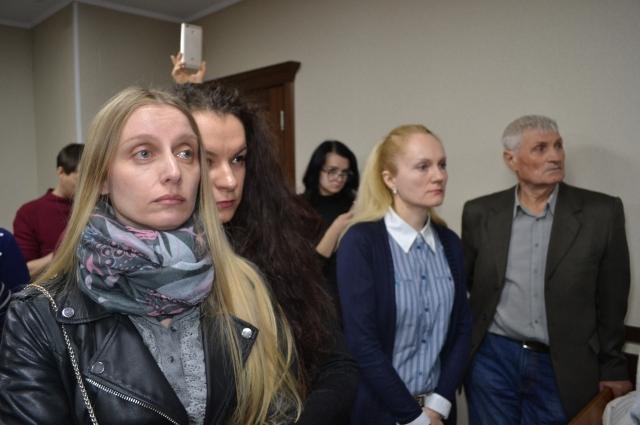 Елена Корецкая (слева) намерена обжаловать приговор суда