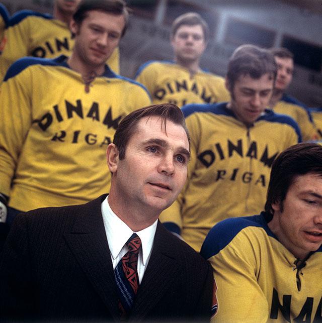 Виктор Тихонов во время работы с «Динамо» (Рига). 1974 г.