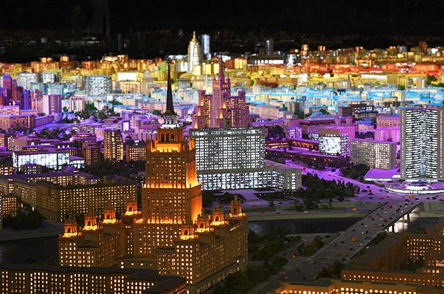 Где посмотреть макет Москвы, на создание которого ушло 8 лет?
