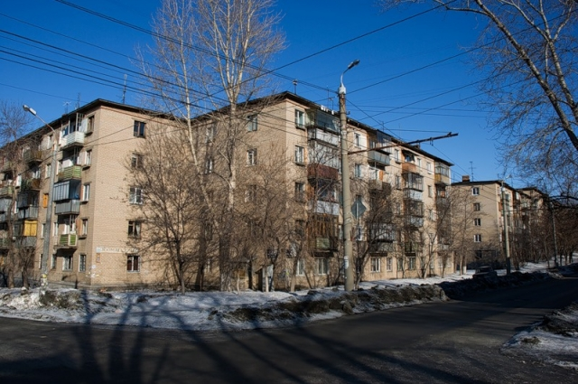 Устаревшее жильё по всем параметрам проигрывает новостройкам.