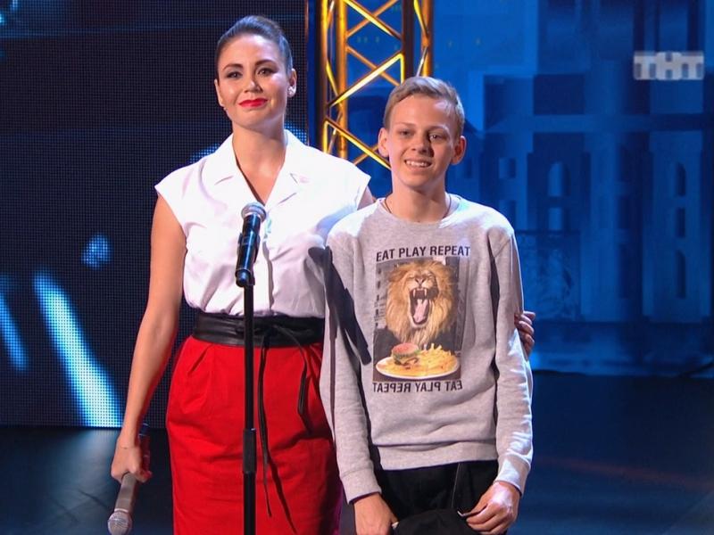 Ведущая шоу Ляйсан Утяшева лично попросила жюри взять Даниила в следующий этап.