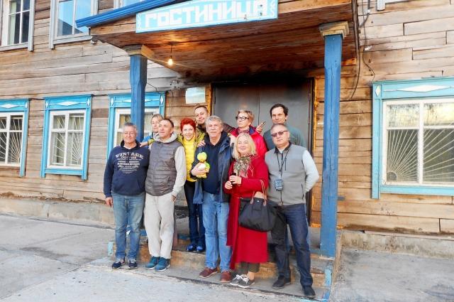 Известные артисты выступили перед зрителями нескольких населенных пунктов Иркутской области.