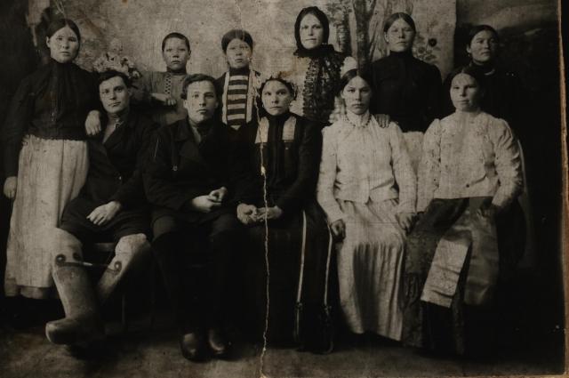 Свадебная фотография начала ХХ в. Красноуфимский уезд
