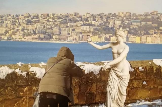 Античность, шагнувшая в современный Неаполь.
