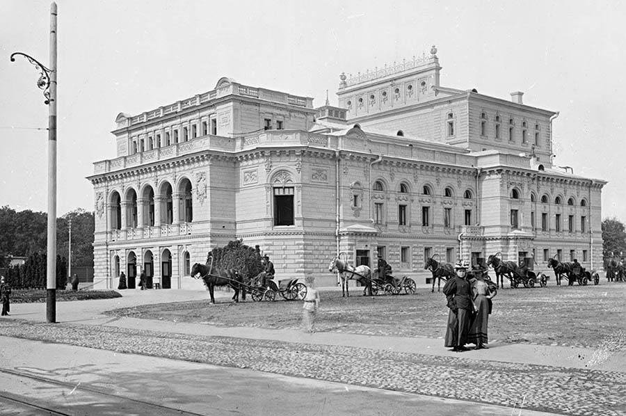 Городской Николаевский театр,  конец XIX века