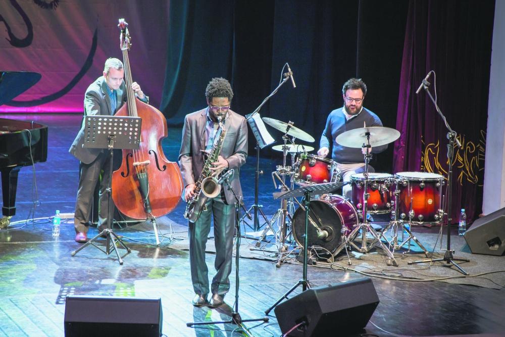Настоящий джаз - творчество интернациональное.