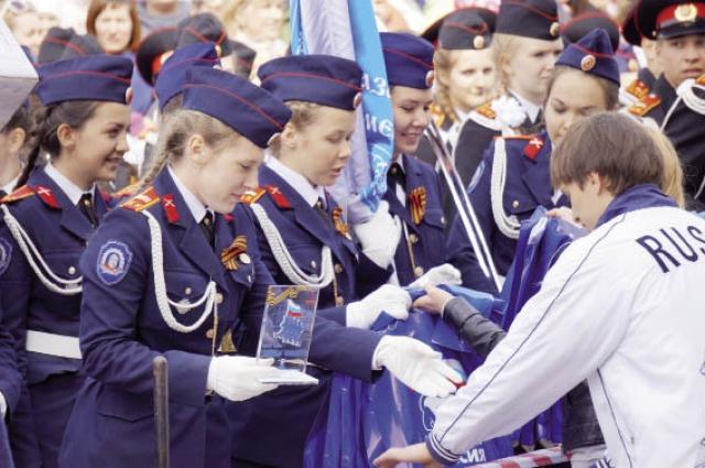 В этом году победителями конкурса стали девушки из Новоильин- ского казачьего кадетского корпуса.