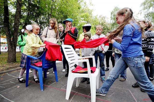 В конкурсах хотели участвовать многие дети и постарше, и младше.