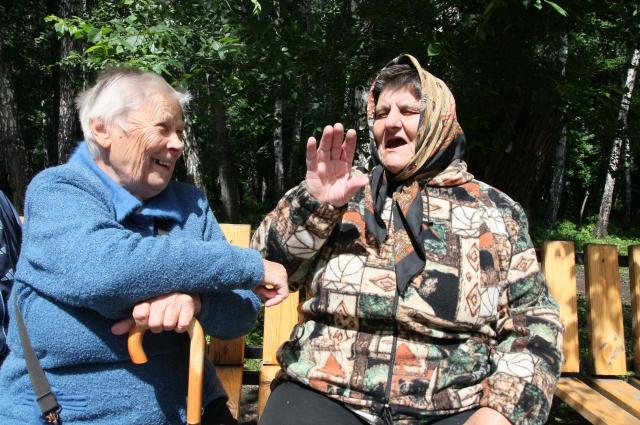 Бабушки у подъезда знают все!
