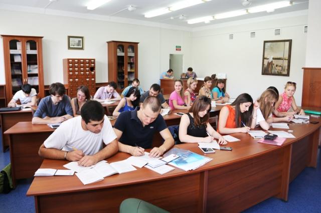 Лучшие студенты вуза трудоустраиваются и становятся инженерной элитой региона.