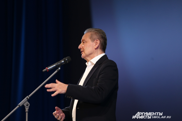 """Вениамин Борисович рассказал, как его """"выперли"""" из театра."""