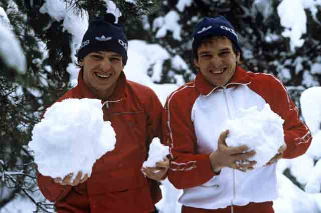 Трехкратные чемпионы мира по вольной борьбе, победители Олимпиады-80 братья-близнецы Анатолий (слева) и Сергей Белоглазовы.