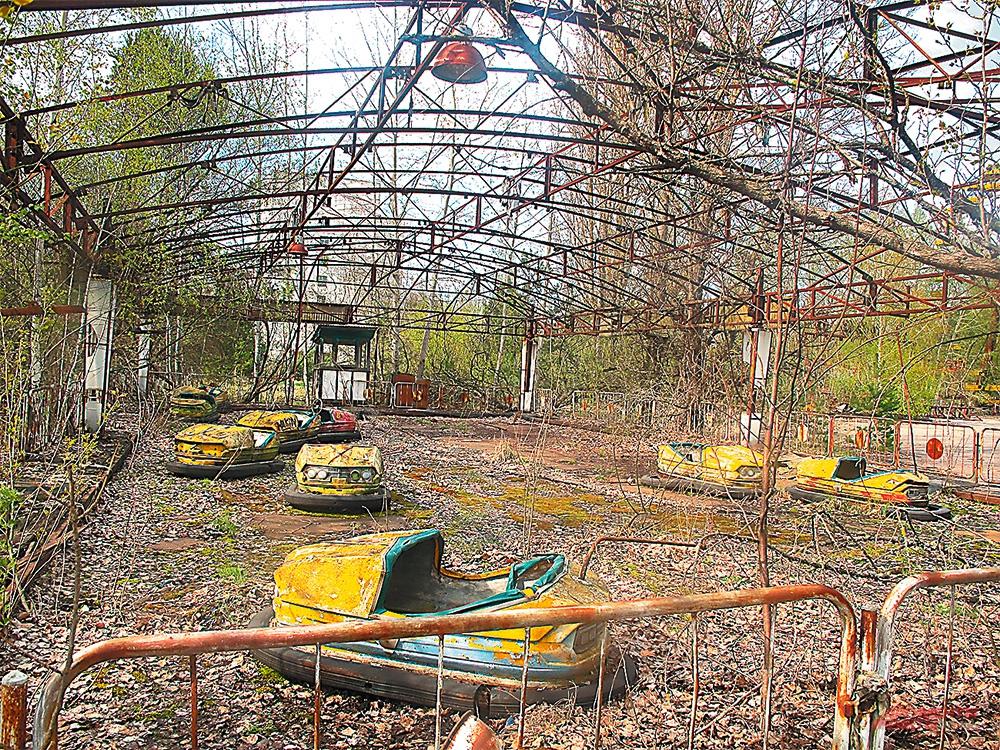 Парк аттракционов в Припяти, где средний возраст жителей был 26 лет.