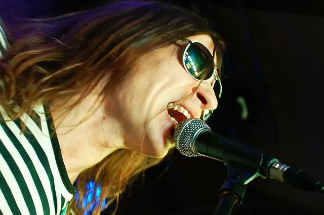 На рубеже 1990-х и начала 2000-х годов Найк Борзов считался одним из самых видных представителей инди-рока в России.