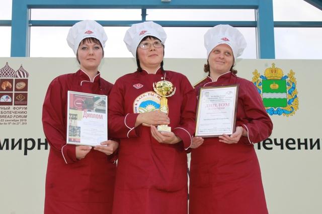 Команда оренбургских пекарей второй год подряд становится  лауреатом Кубка России по хлебопечению.