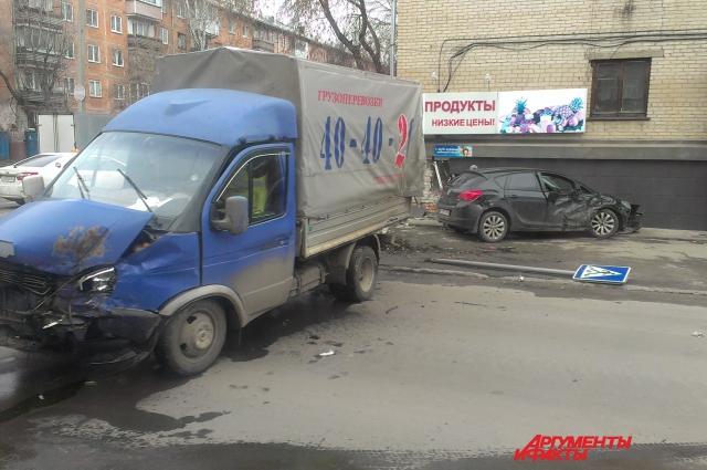 ДТП на ул. Э.Алексеевой