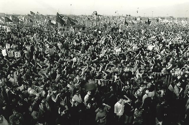 Многомиллионный митинг накануне плебисцита 1988 года.
