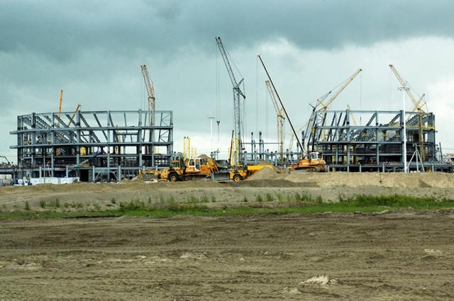 Строительство стадиона к ЧМ-2018 в Калининграде. Июль 2016 года.