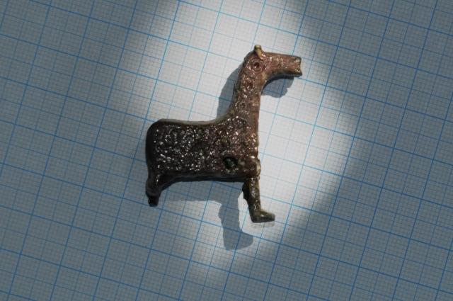 Замок в виде лошади. Медь. Золотая орда. Вторая половина 14 века