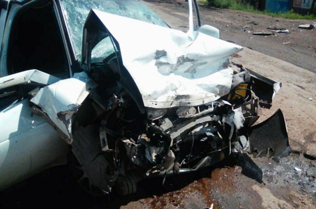 Три человека пострадали в ДТП.