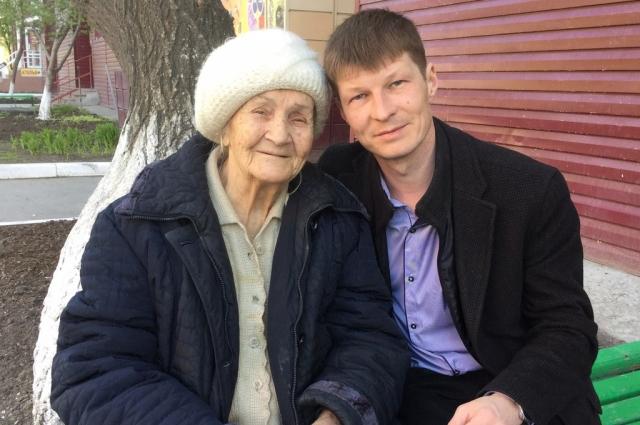 Екатерина Балина с внуком.