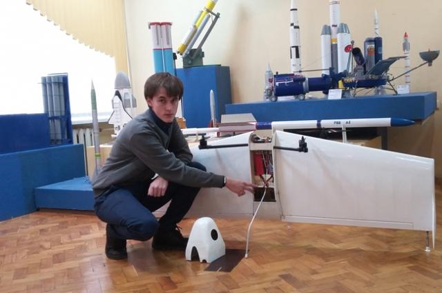Алексей Росто представил на суд требовательных экспертов модель уникального квадролёта.