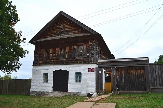 Здание музея им. В.Г. Короленко.