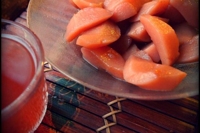 Из груши можно сварить удивительно вкусный пряный компот.
