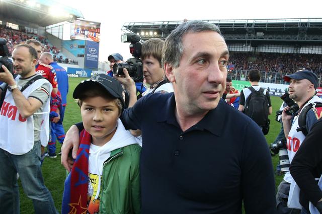 Евгений Гинер с сыном