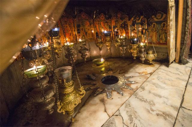 Пещера Рождества Иисуса в храме Рождества Христова в Вифлееме