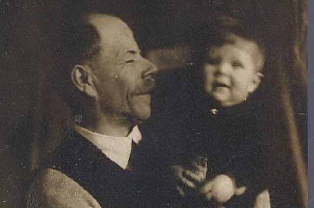 1939 год. С дочерью Татьяной.