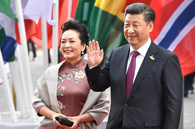 Пэн Лиюань и Си Цзиньпин.